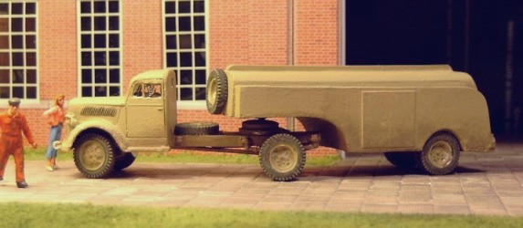 Opel Blitz Articulated Fuel Tanker  - Matador Models